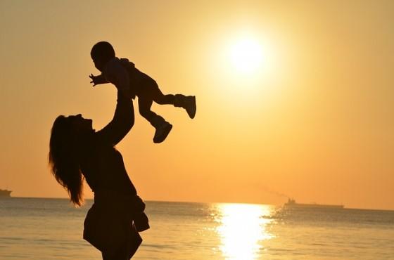 v pomosht na samotna majka
