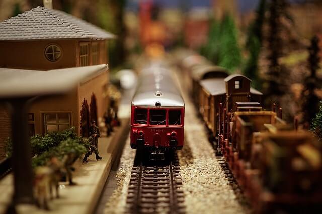 patuvane s vlak