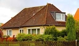 Право на собственост, придобито по давност или по документи – удостоверяване с констативен нотариален акт
