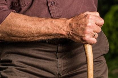 Условия за придобиване право на пенсия за осигурителен стаж и възраст