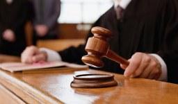 Как се упражнява правото на отменителен иск?