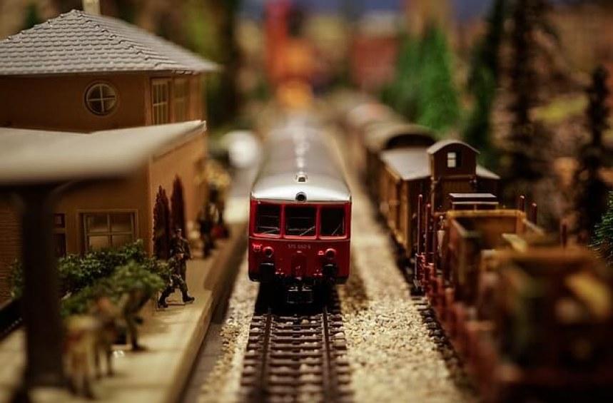 Кога мога да ползвам намаление при пътуване с влак?