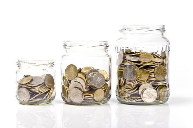 На трудов договор съм - какви осигуровки дължа?