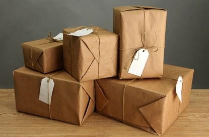 Изпращане на писма и пратки чрез Български пощи