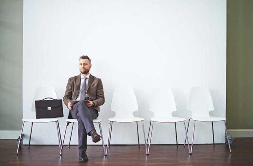 Как да сключа договор с агенция за временна заетост?