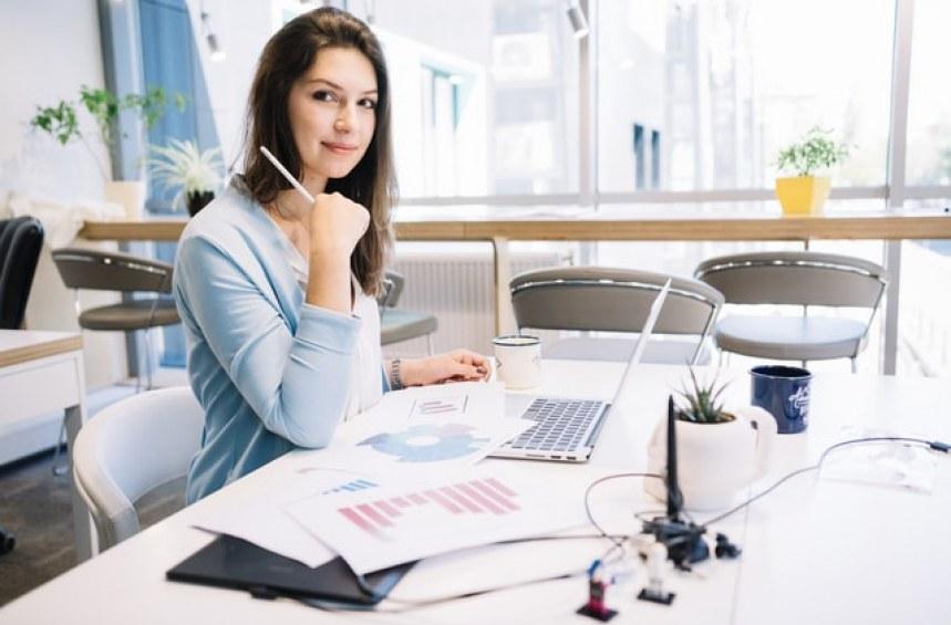 Какви задължения има един застрахователен брокер?