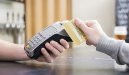 За какво да внимавам, когато избирам кредитна карта?